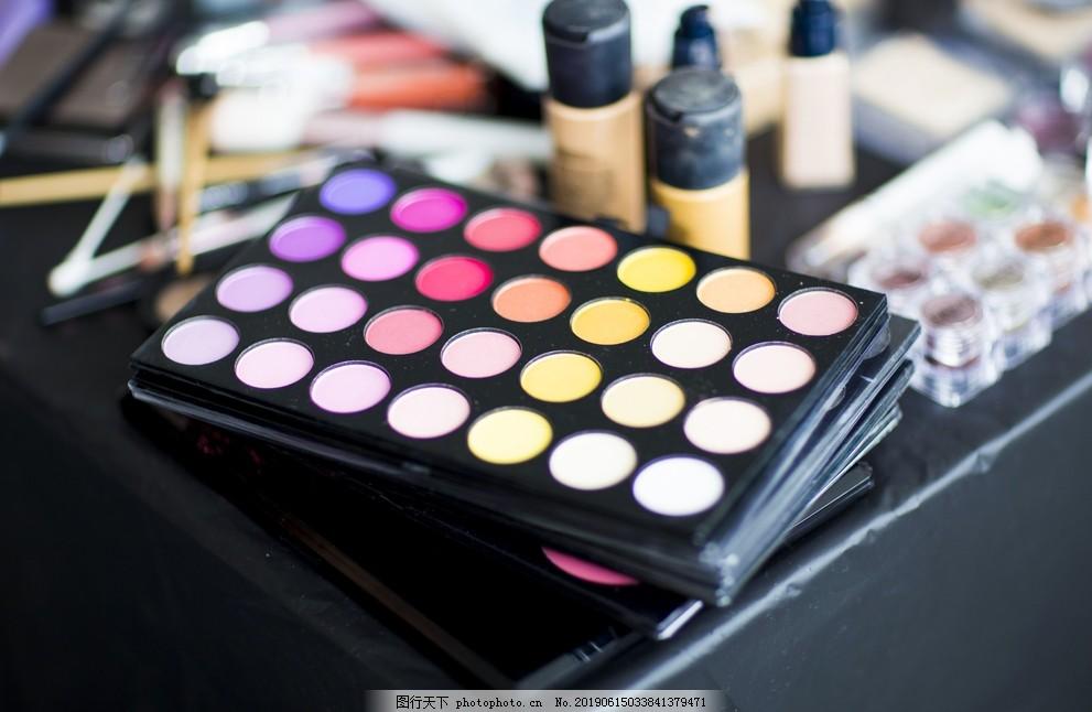 化妆品,化妆工具,化妆棉,化妆盒,粉饼,海绵,粉底刷